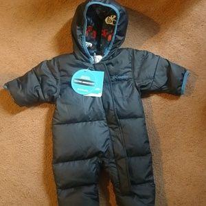 BNWT Columbia Infant Snowsuit size 0-3months